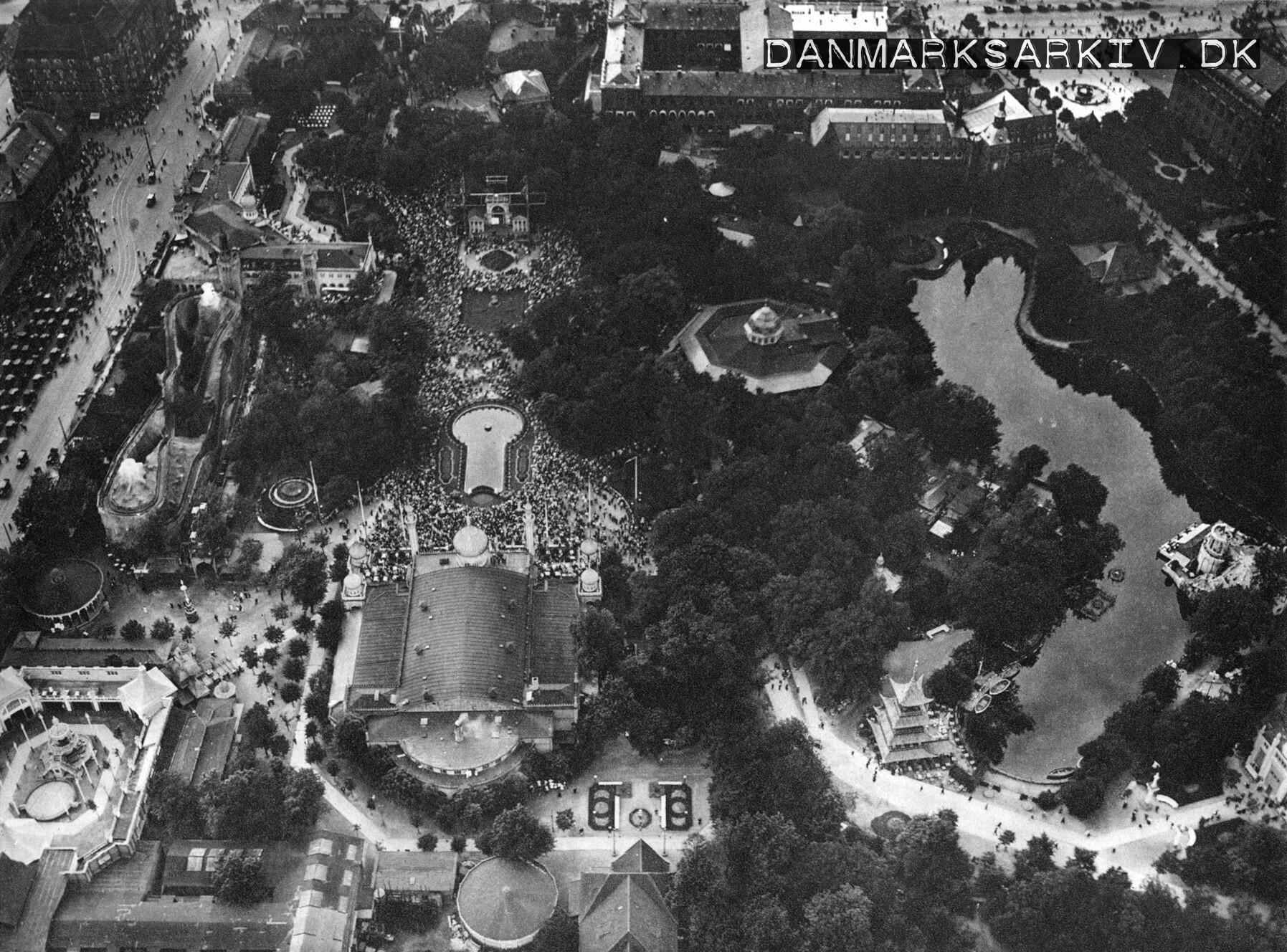 Udsigt fra ballon forlystelse i Tivoli - 1922