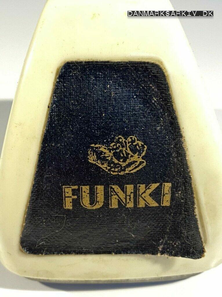 Funki - Mekanisk kalender med logo
