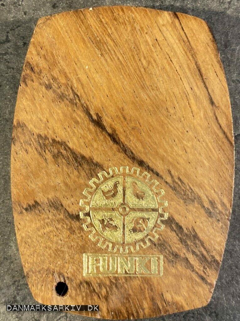 """Øloplukker med """"Rugemaskinefabrikken FUNKI"""" logo - Før 1973"""