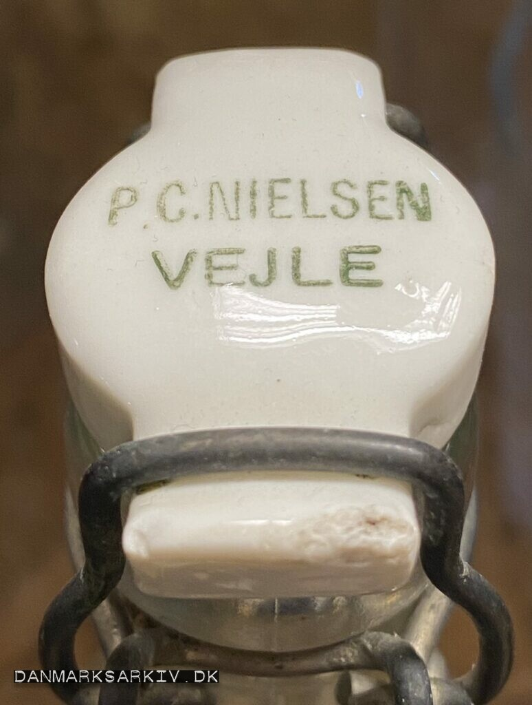 P. C. Nielsen flaske med patentlåg