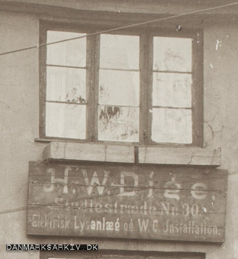 H. W. Dige - Studiestræde 30 - Elektrisk Lysanlæg og WC Installation - 1911
