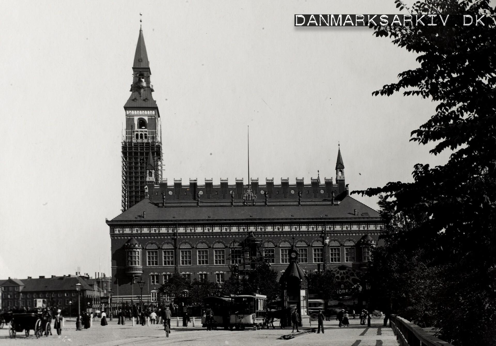 Københavns Rådhus under opførsel - August 1899