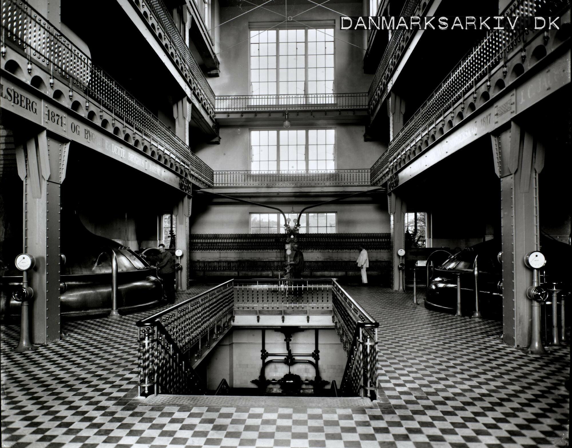 Ny Carlsbergs tappehal - 1924