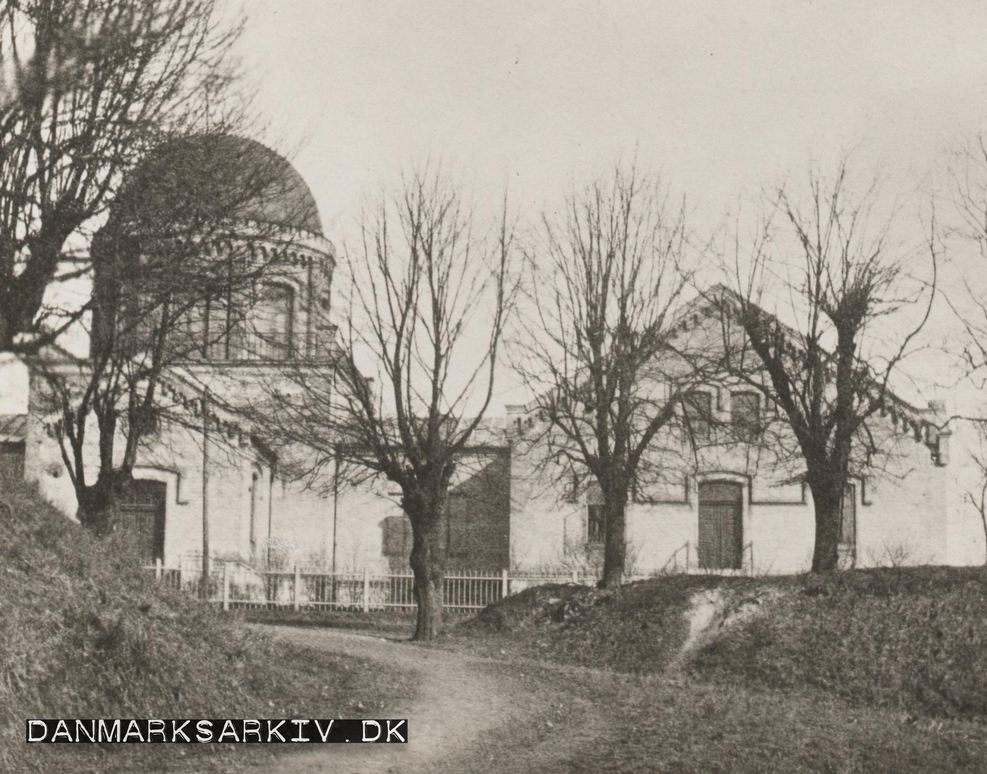 Østervold Observatorie, opført på Rosenborg Bastion, der var en del af det gamle voldanlæg - 1865