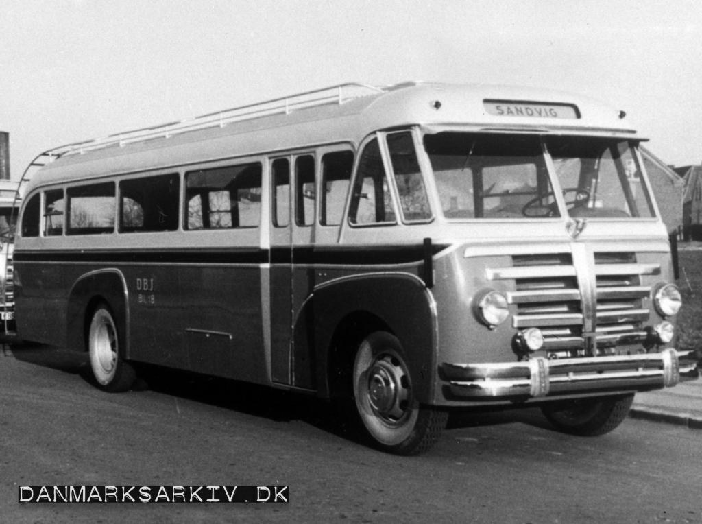 De Bornholmske Jernbaner køber nye Triangel busser i 1951
