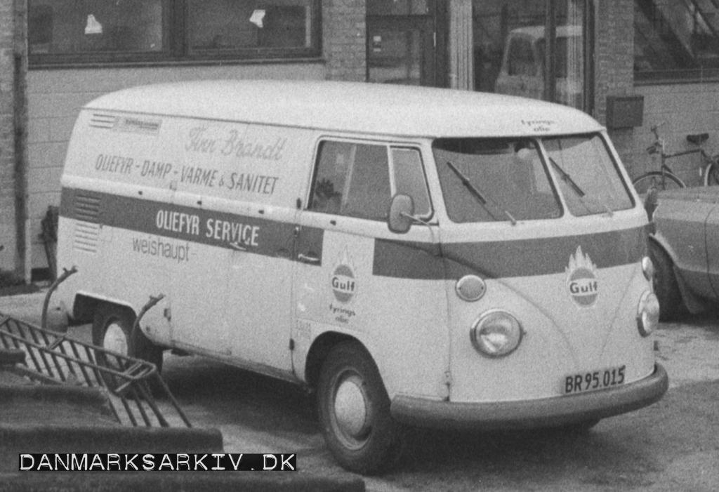 Tidlig VW Type 2 fra Blikkenslager Finn Brandt