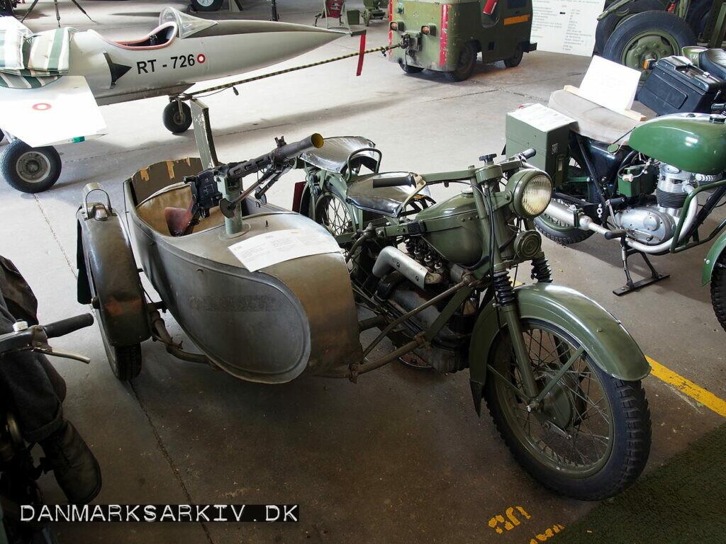 En Nimbus med sidevogn fra det danske Forsvar
