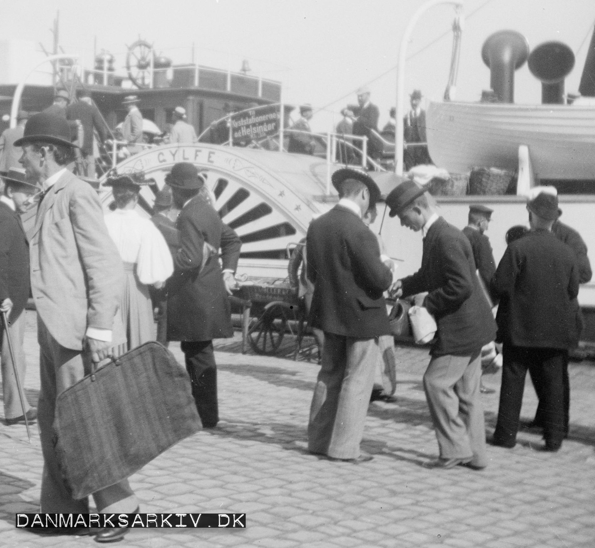 Hjuldampefærgen Gylfe ved kajen i København - 1972-1923
