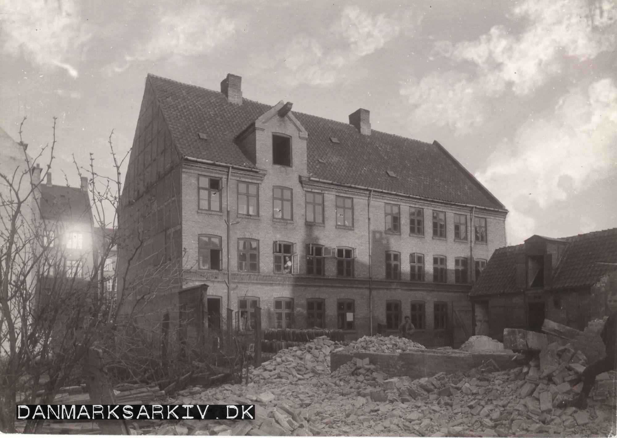 Frederiksberg Kommunes Fattig- og Sygehus på Allégade - 1858-1863